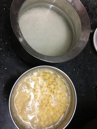 Soak rice & toordal